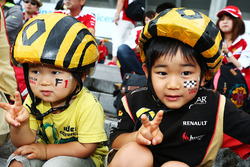 Renault Sport F1 Team fans