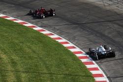 Josef Newgarden, Team Penske, Chevrolet; Graham Rahal, Rahal Letterman Lanigan Racing, Honda