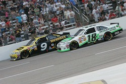 Marcos Ambrose, Petty Motorsport Ford and Kyle Busch, Joe Gibbs Racing Toyota
