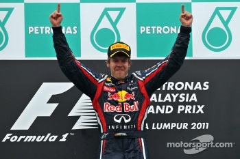Vettel wants to equal Schumacher's record