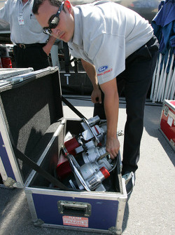 Champ Car official unpacks material