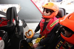 Powerboat P1 test for Champ Car trio: Paul Newman