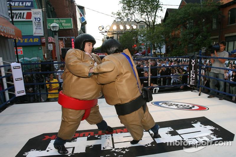 Fête John Street : sumo pour le plasir et le profit