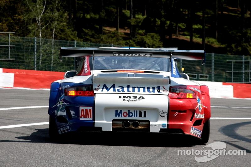 76 imsa performance matmut porsche 911 rsr patrick pilet for Matmut salon
