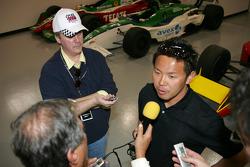 2004 Indianapolis 500 JPMorgan Chase Bank Rookie of the Year Kosuke Matsuura meets the media at the Super Aguri Fernandez shop