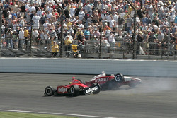 Crash de Scott Dixon