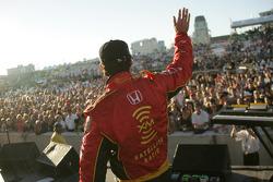 Bryan Herta salutes fans