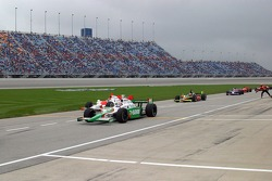 Tony Kanaan pulls in for a pitstop