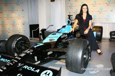 Annonce du partenariat entre Danica Patrick et Motorola