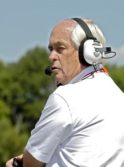 Roger Penske can only hope for a good finish after Sam went off