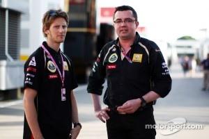 Romain Grosjean, Eric Boullier, Team Principal, Lotus Renault GP