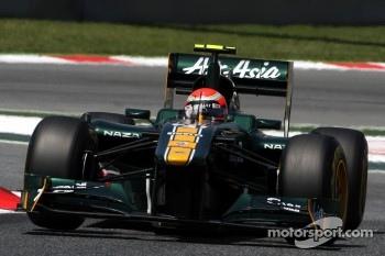 Team Lotus needs name change says Ecclestone