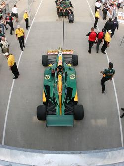 Car of Tony Kanaan, KV Racing Technology-Lotus