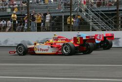 Helio Castroneves, Team Penske, John Andretti, Andretti Autosport