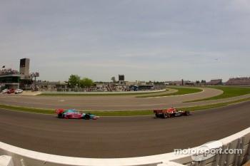 Justin Wilson, Dreyer & Reinbold Racing and John Andretti, Richard Petty / Andretti Autosport
