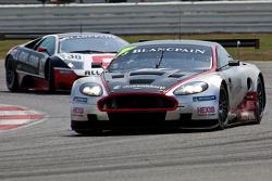 #3 Hexis AMR Aston Martin DBR9 GT1: Clivio Piccione, Stef Dusseldorp