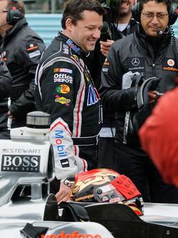 Tony Stewart prepares to get in Lewis Hamilton's McLaren