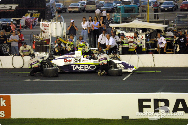 Pitstop for Buddy Lazier