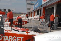 Ganassi Racing crew unload equipment