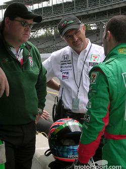 Eric Cowdin, Kim Green and Tony Kanaan