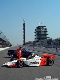 Gil de Ferran and the winning car