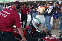 Tora Takagi climbs out after qualifying