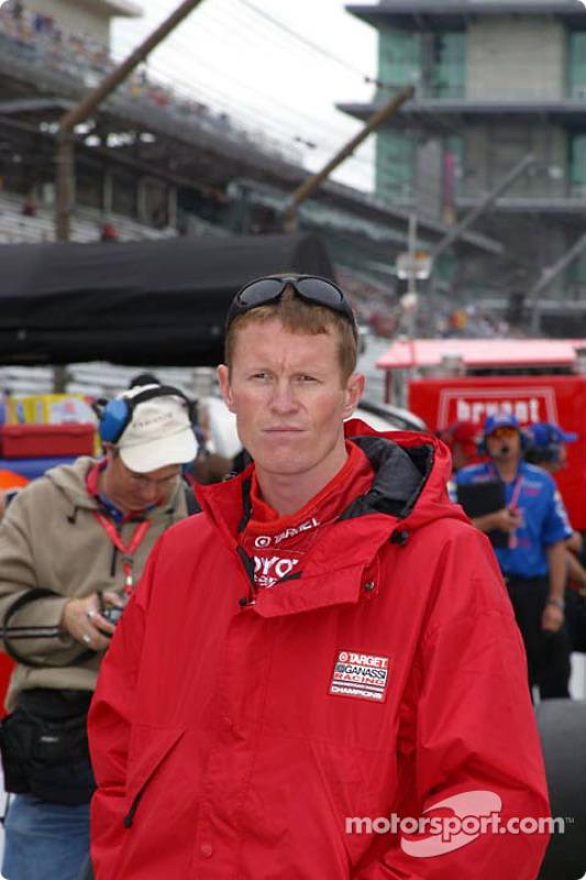 Scott Dixon attend les essais
