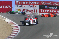 Helio Castroneves, Michel Jourdain Jr. in trouble and Jimmy Vasser