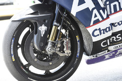 Mike Jones, Avintia Racing, detalle de frenos en su moto