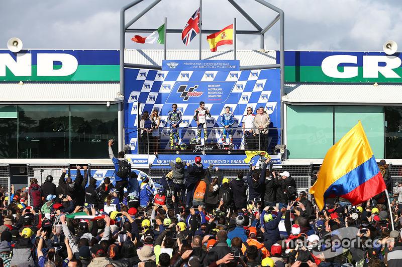 Podio: 1º Cal Crutchlow, 2º Valentino Rossi, 3º Maverick Viñales
