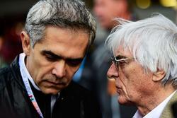 Bernie Ecclestone, con Miguel Angel Mancera, gobernador de la Ciudad de México