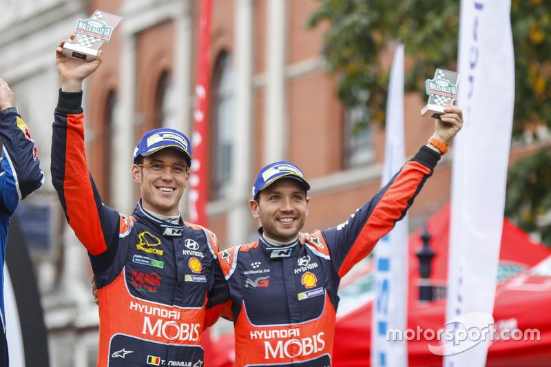 Podio: al secondo posto Thierry Neuville, Nicolas Gilsoul, Hyundai i20 WRC, Hyundai Motorsport