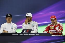 The FIA Press Conference (L to R): Nico Rosberg, Mercedes AMG F1, second; Lewis Hamilton, Mercedes AMG F1, race winner; Sebastian Vettel, Ferrari, third