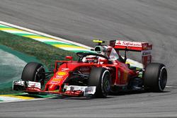 Kimi Räikkönen, Ferrari SF16-H mit dem Halo-Cockpitschutz