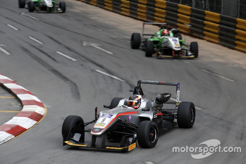 8. Daniel Juncadella, Hitech GP, Dallara Mercedes