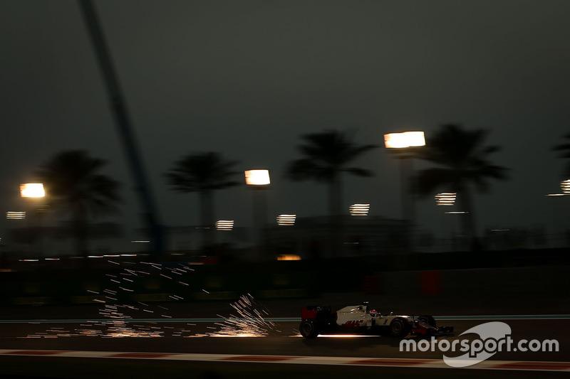 F1, Abu Dhabi 2016: Esteban Gutierrez, Haas VF-16