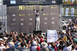 Le champion du monde de Rallycross Mattias Ekström, EKS RX