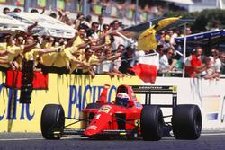 Alain Prost, Ferrari toma la victoria