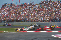 Johnny Herbert, Team Lotus 107B, Ford; Derek Warwick, Footwork FA14, Mugen Honda; Gerhard Berger, Ferrari F93A