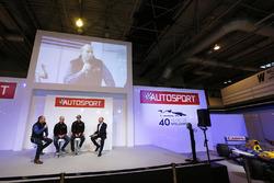 Elfyn Evans, Daniel Barritt, DMACK World Rally Team y Ben Taylor con Toby Moody en el escenario de Autosport