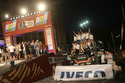 رقم 502 فريق دي روي أيفيكو: فيديريكو فيلاغرا، ريكاردو تورلاشي، أدريان ياكوبيني