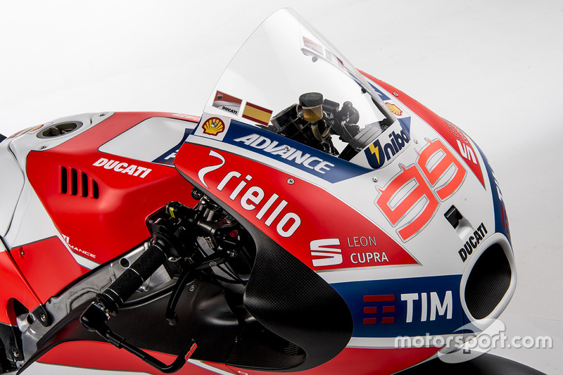 motogp-ducati-desmosedici-gp17-launch-2017-the-ducati-desmosedici-gp17.jpg