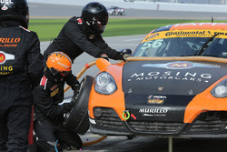 #56 Murillo Racing Porsche Cayman: Jeff Mosing, Eric Foss, pit action