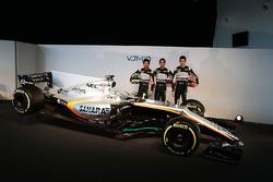 (L to R): Sergio Perez, Sahara Force India F1; Alfonso Celis Jr, Sahara Force India F1 Development Driver; Esteban Ocon, Sahara Force India F1 Team, with the Sahara Force India F1 VJM10