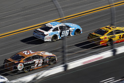 Cole Whitt, TriStar Motorsports Ford, D.J. Kennington, Gaunt Brothers Racing Toyota