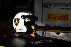 Helmet of Jim Manolios, Pirelli Trofeo Motorsport