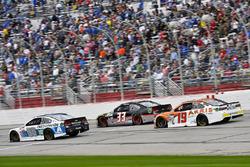 Dale Earnhardt Jr., Hendrick Motorsports Chevrolet, Jeffrey Earnhardt, Circle Sport The Motorsports Group Chevrolet enDaniel Suárez, Joe Gibbs Racing Toyota