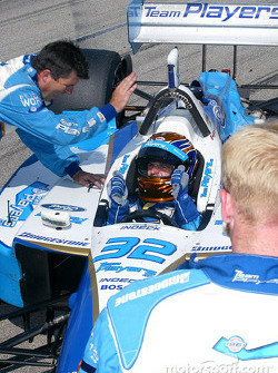 Patrick Carpentier celebrate with Team Player's crew member