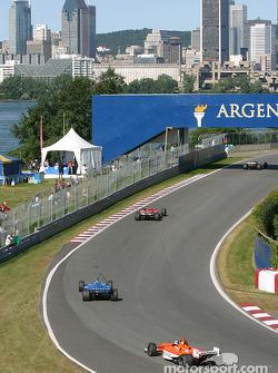 Warmup session action at Senna hairpin