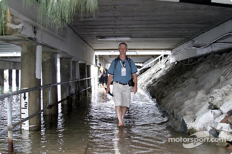 Das gefährliche Leben eines Rennsport-Fotografen: David Magahy von Motorsport.com nach einem Hagelschauer
